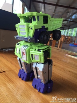 [Toyworld] Produit Tiers - Jouet TW-C Constructor aka Devastator/Dévastateur (Version vert G1 et jaune G2) - Page 7 Zl04j9Tn