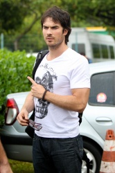Ian Somerhalder - Goes for a helicopter ride in Brazil (May 31, 2012) - 5xHQ KnrZO4ft