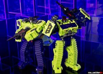 [Toyworld] Produit Tiers - Jouet TW-C Constructor aka Devastator/Dévastateur (Version vert G1 et jaune G2) - Page 4 VlM0SH0i