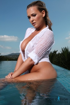 set008 Naked In The Pool 27.10.12