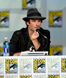Paul Wesley - Ian Somerhalder,   Nina Dobrev,  Paul Wesley,  Katerina Graham,  Matthew Davis - 'The Vampire Diaries' panel during Comic-Con International 2014 at San Diego Convention Center in San Diego (July 26, 2014) - 101xHQ PljqKqj2