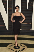 """Sarah Silverman """"2015 Vanity Fair Oscar Party hosted by Graydon Carter at Wallis Annenberg Center for the Performing Arts in Beverly Hills"""" (22.02.2015) 43x   WHFiQVrv"""