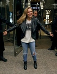 Ronda Rousey Arriving at her hotel after Saturday Night Live rehearsals in New York January 19-2016 x15
