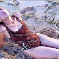 foto hot pose seksi devi Permatasari muda - wartainfo.com