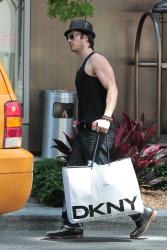 Ian Somerhalder - Took a taxi in Soho on New York City 2012.05.12 - 9xHQ 0xFJ6ICe