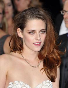 Kristen Stewart - Imagenes/Videos de Paparazzi / Estudio/ Eventos etc. - Página 31 Abf1q9JD