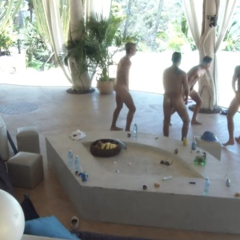 tv3play paradise hotel triana nude