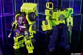 [Toyworld] Produit Tiers - Jouet TW-C Constructor aka Devastator/Dévastateur (Version vert G1 et jaune G2) - Page 4 ZM8XHh9f