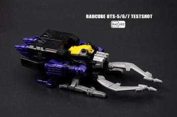 [BadCube] Produit Tiers - Jouet OTS-05 Claymore / OTS-06 Hypno / OTS-07 Kickbutt - aka Insecticons 7Xi4CQ7r