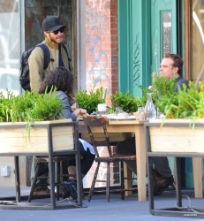 Jake Gyllenhaal & Jonah Hill & America Ferrera - Out And About In NYC 2013.04.30 - 37xHQ HXAsxj8X