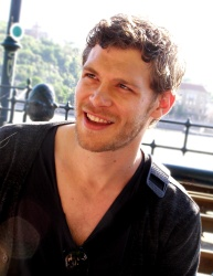 Joseph Morgan - Budapest (Hungary) - April 29, 2012 - 28xHQ KTVox6N5