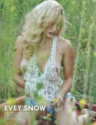 Evey snow nude