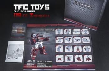 [TFC Toys] Produit Tiers - OS-01 Ironwill (aka Ironhide/Rhino) & OS-03 Medic (aka Ratchet/Mécano) - Page 2 ToqBoOro