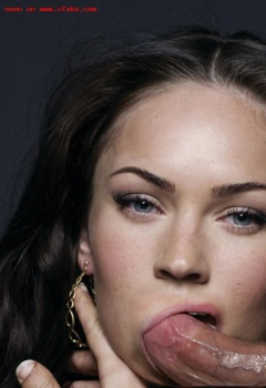 aax2Dymt Megan Fox Nude Fake and Sexy Picture