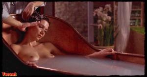 Maggie Gyllenhaal in Secretary (2002) 1Kuceoeh