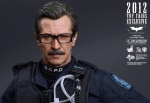 The Dark Knight: Lt. Jim Gordon Collectible Figure AafNwP3t