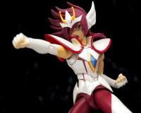 Saint Seiya Ω (Omega) Pegasus Kouga / S.H.Figuarts - Page 5 AbzL0fIP