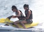 Bill et Tom en vacances aux Maldives Janvier 2010 AdnplwMl