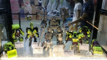 [Generation Toy] Produit Tiers - Jouet GT-01 Gravity Builder - aka Devastator/Dévastateur - Page 2 UMMxiNgH