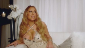 Mariah Carey on why she fell in love with R&B 07/18/16