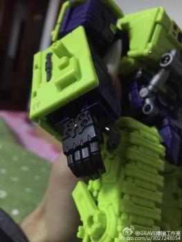 [Toyworld] Produit Tiers - Jouet TW-C Constructor aka Devastator/Dévastateur (Version vert G1 et jaune G2) - Page 3 PuZJjMDu