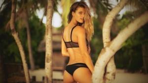 Nina Agdal Irresistibles- SI Swimsuit 2016