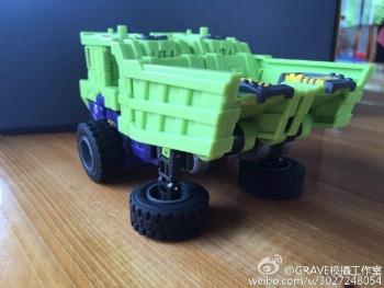 [Toyworld] Produit Tiers - Jouet TW-C Constructor aka Devastator/Dévastateur (Version vert G1 et jaune G2) - Page 7 Zk13LOau