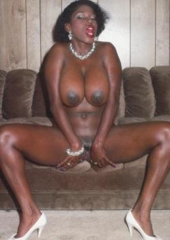ebony ayes strip