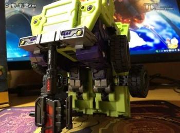 [Toyworld] Produit Tiers - Jouet TW-C Constructor aka Devastator/Dévastateur (Version vert G1 et jaune G2) - Page 6 HXxQEiCs