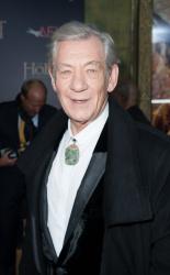Ian McKellen - 'The Hobbit An Unexpected Journey' New York Premiere benefiting AFI at Ziegfeld Theater in New York - December 6, 2012 - 28xHQ WmCmseia