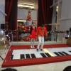 Interactive piano stage GicwNVQ9
