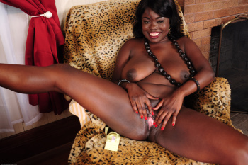270100 - Pheona black women