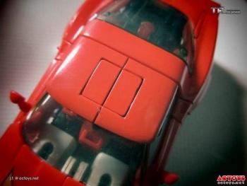 [Masterpiece] MP-25L LoudPedal (Rouge) + MP-26 Road Rage (Noir) ― aka Tracks/Le Sillage Diaclone - Page 2 Buxp3Icf