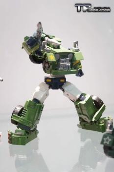 [Maketoys] Produit Tiers - Jouet MTRM-02 Gundog - aka Hound/Dépisteur IveEsBk3