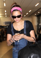 Nina Dobrev at LAX Airport (March 27) LIp2nPeg