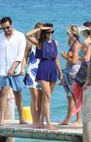 Nina Dobrev with her boyfriend Austin Stowell in Saint-Tropez (July 24) Lcotnr5c