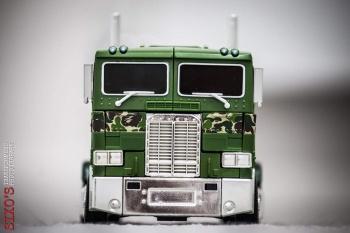 [Masterpiece] MP-10B | MP-10A | MP-10R | MP-10SG | MP-10K | MP-711 | MP-10G | MP-10 ASL ― Convoy (Optimus Prime/Optimus Primus) - Page 4 52ynYTsW