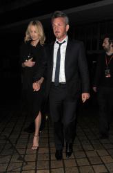Sean Penn - Charlize Theron and Sean Penn - seen leaving Royal Festival Hall. London - February 16, 2015 (153xHQ) XFGFU9YG