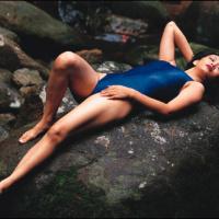 Koleksi Hot Seksi Vulgar Artis Ratna Listy di Majalah Popular