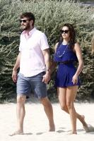 Nina Dobrev with her boyfriend Austin Stowell in Saint-Tropez (July 24) Kw6VgfZ0