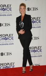 Katherine Heigl - 35th Annual People's Choice Awards, 7 января 2009 (58хHQ) M8RejjCL