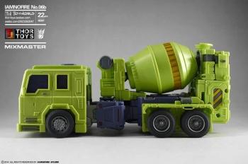 [Toyworld] Produit Tiers - Jouet TW-C Constructor aka Devastator/Dévastateur (Version vert G1 et jaune G2) - Page 5 Q8DHrz2L