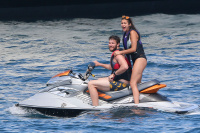 Nina Dobrev and Asustin Stowell enjoy the ocean off the cost the French Riviera (July 26) MYDgwFrg