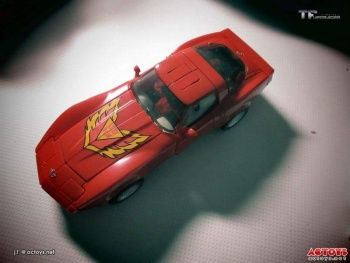 [Masterpiece] MP-25L LoudPedal (Rouge) + MP-26 Road Rage (Noir) ― aka Tracks/Le Sillage Diaclone - Page 2 9NaNEXI0