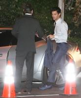 Taylor Lautner - Imagenes/Videos de Paparazzi / Estudio/ Eventos etc. - Página 38 AdlRHOYN
