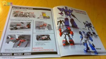 [X-Transbots] Produit Tiers - MX-II Andras - aka Scourge/Fléo - Page 2 GjUqOCEh