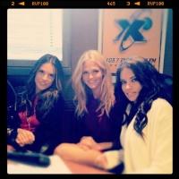 LaX Fm Radio 2011 Puerto Rico avec Alessandra et Adriana AcenhViR