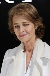 Charlotte Rampling - Paris Fashion Week: Giorgio Armani Prive Haute Couture S/S 2016 Fashion Show in Paris - 01/26/16