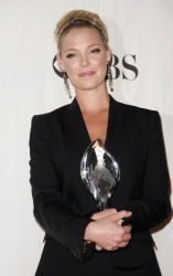 Katherine Heigl - 35th Annual People's Choice Awards, 7 января 2009 (58хHQ) 8Cr771rC