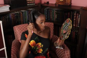 229782 - Maya black women